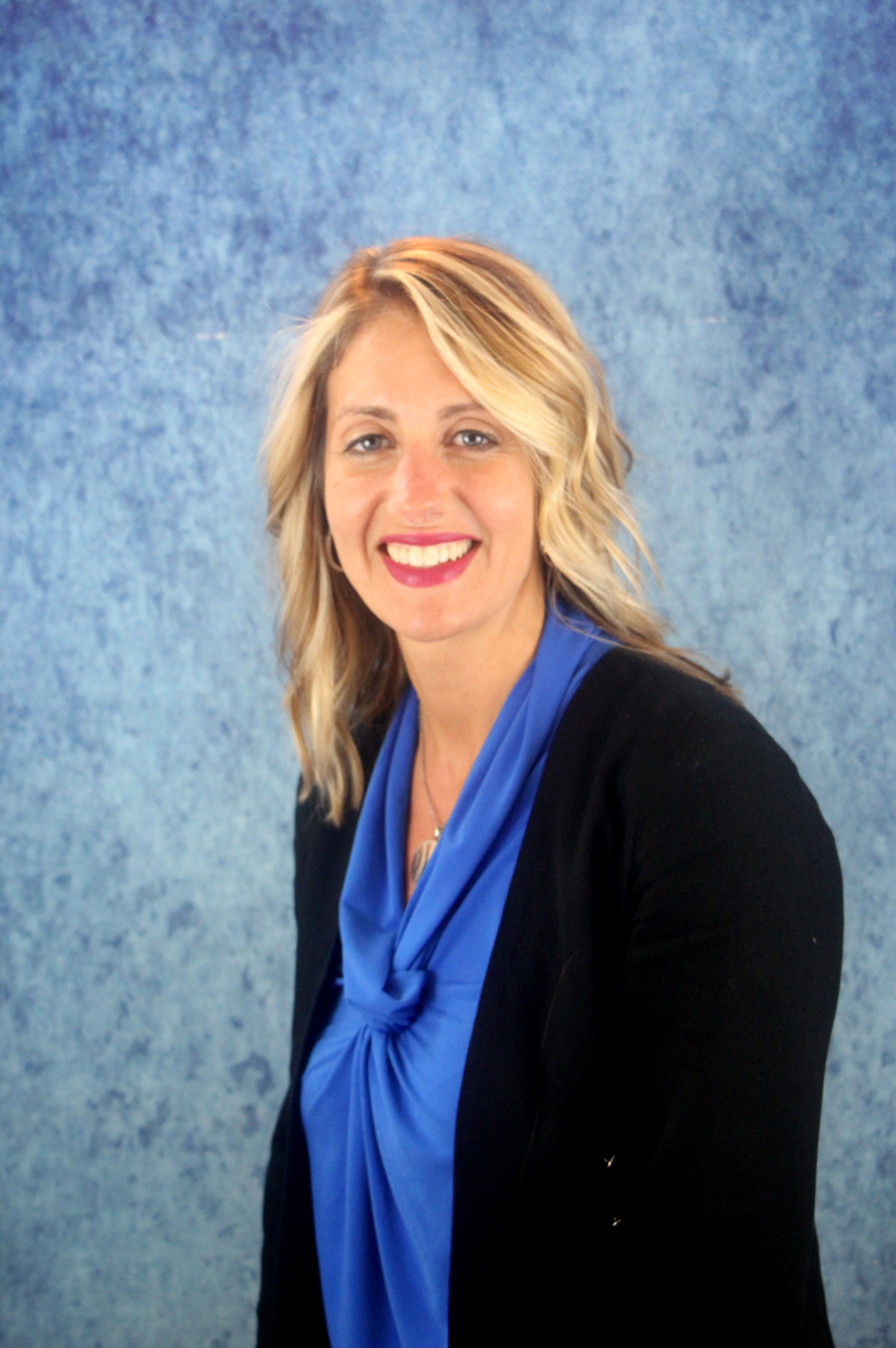 Tricia Peter-Clark to Succeed Dan Dey at ConnextCare Image